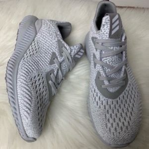 Adidas Alphabounce AMS Youth Size 6.5 New